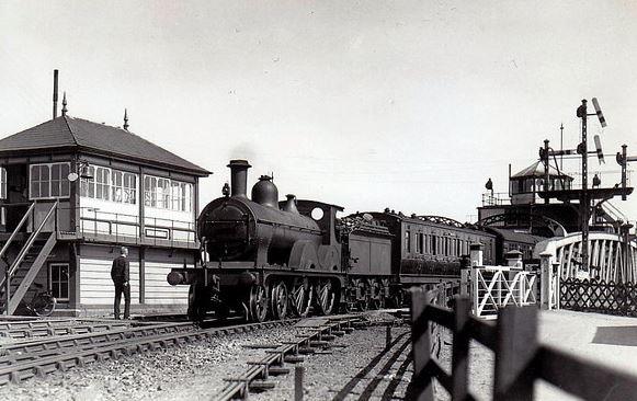 Train coming over the Bridge, Sutton Bridge
