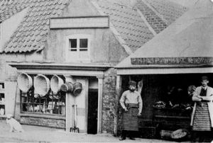 AOS P 2771  warrenders hardware and philip white butchers 1920s