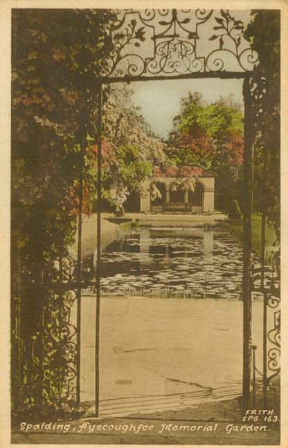 Postcard of Ayscoughfee Memorial Garden, Spalding