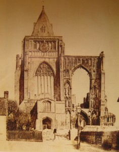 AOS P 3104 croyland abbey 1850-60. note no road left of the gas lamp