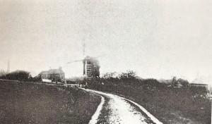 Gosberton Post Mill Picture taken from Mill lane.