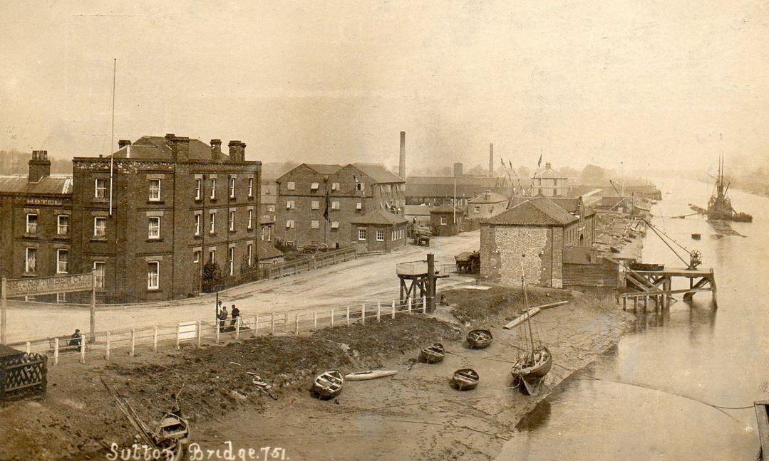 AOS P 3344 Sutton Bridge,View of Docks and River about 1908
