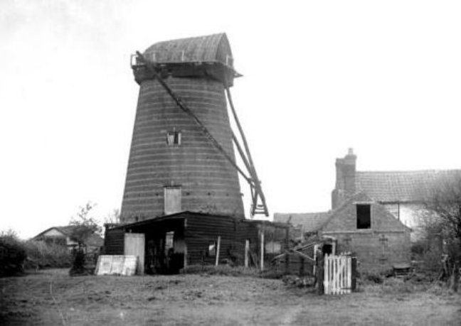 Tower mill, Deeping St James