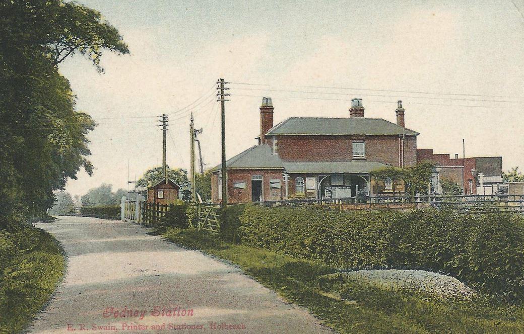 Postcard of Gedney Station  1910