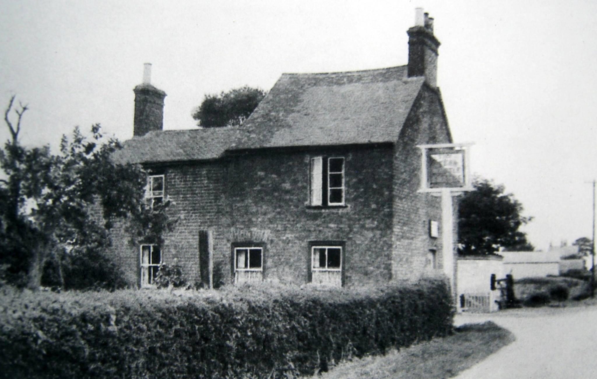 The Steam Whistle Public House, Fleet. Photo taken in 1950.