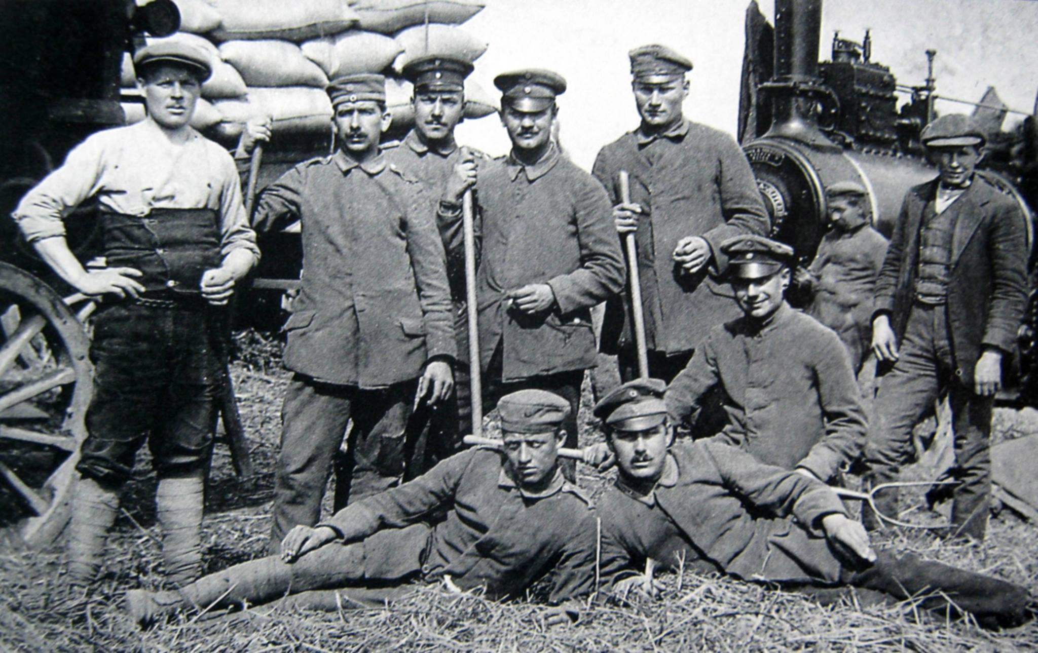 Prisoners of War working at Worths Farm near Holbeach in 1916.