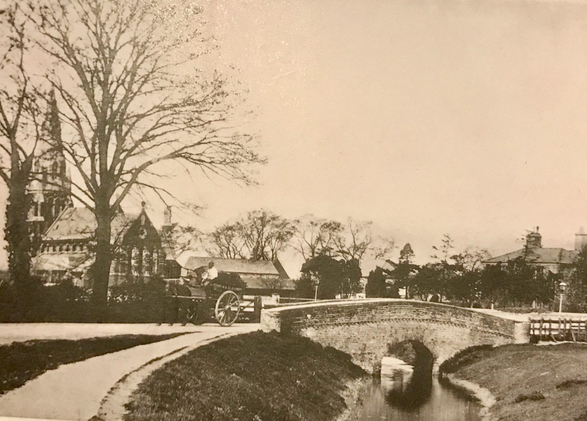 Fulney Bridge and St Paul's c 1900