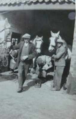 Shoeing Horses at Chain Bridge Forge