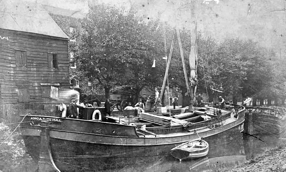 The Agriculture moored alongside the Black Barn