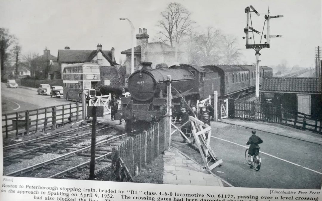 Pinchbeck Rd Railway Crossing – 1952