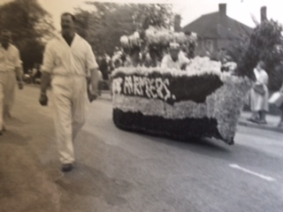 Early Young Farmers Float